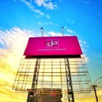 DA Drogisterij Billboard Constructie in Suriname