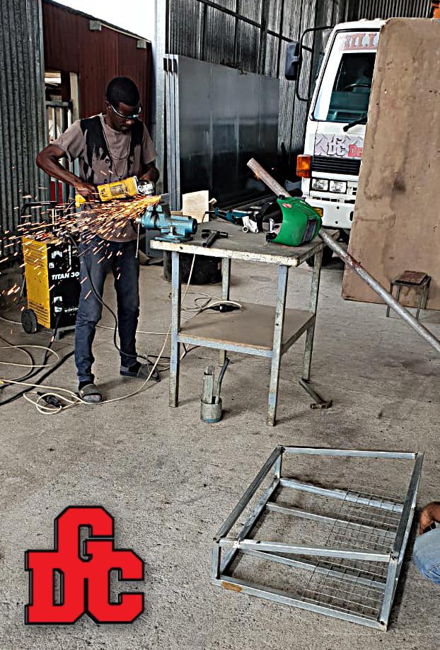 Vuilnisstaanders Las Constructie